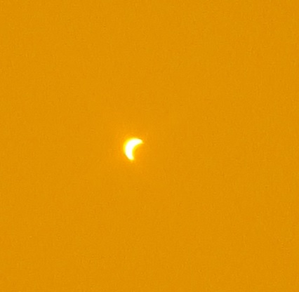 view of the eclipse from Langley, British Columbia